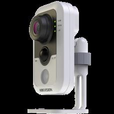 Малогабаритная (кубик) IP камера Hikvision DS-2CD2412F-IW